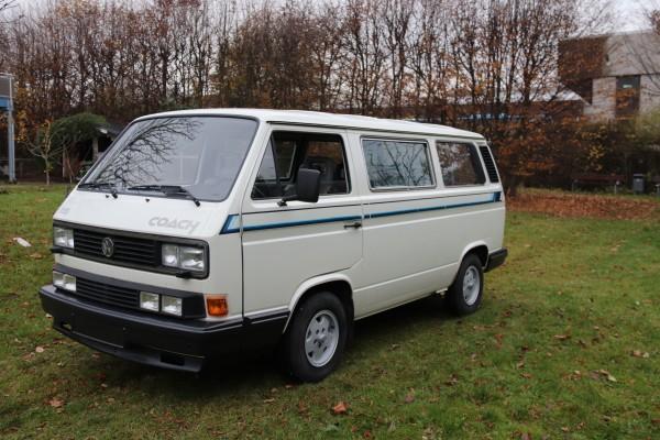 1989er VW Caravelle Coach aus Nordschweden